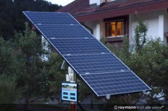nachgeführte Solartankstelle